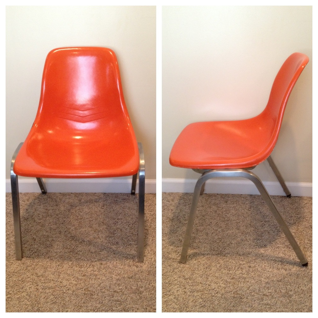 Merveilleux Vintage Orange Fiberglass Eames Chair. Good Condition. Some Marks And  Scratches.   $40